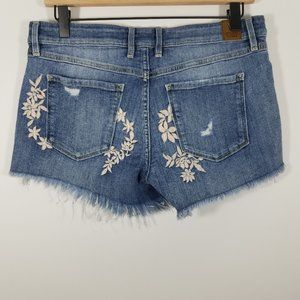 Guess Embroidered Cut Off Jean Shorts Size 28